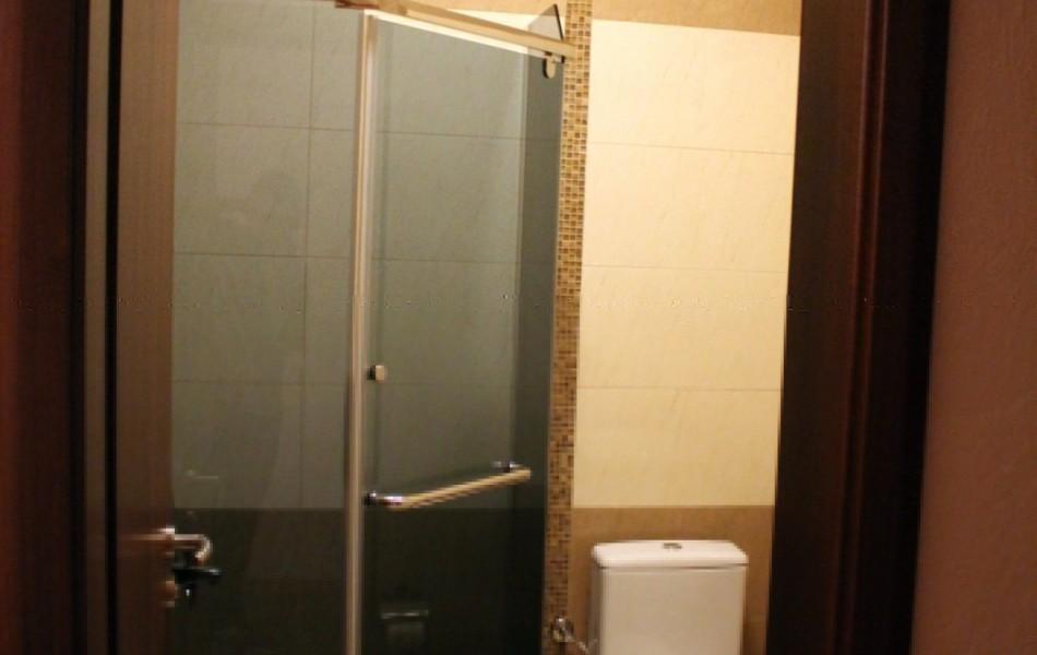 Hotel-ulpiana-kupatilo-tus-kabina