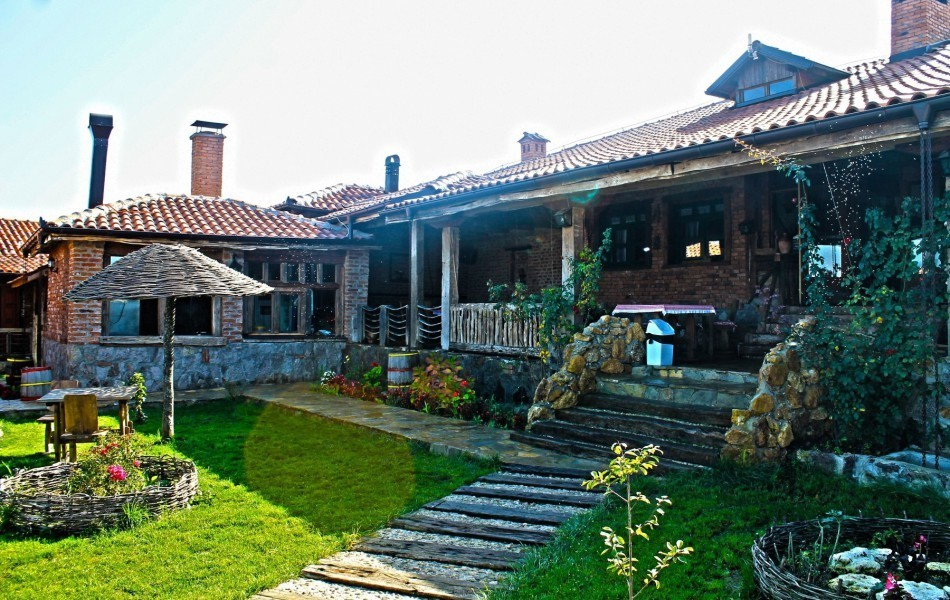 Restaurant-etno-kuca-gracanica-five-star