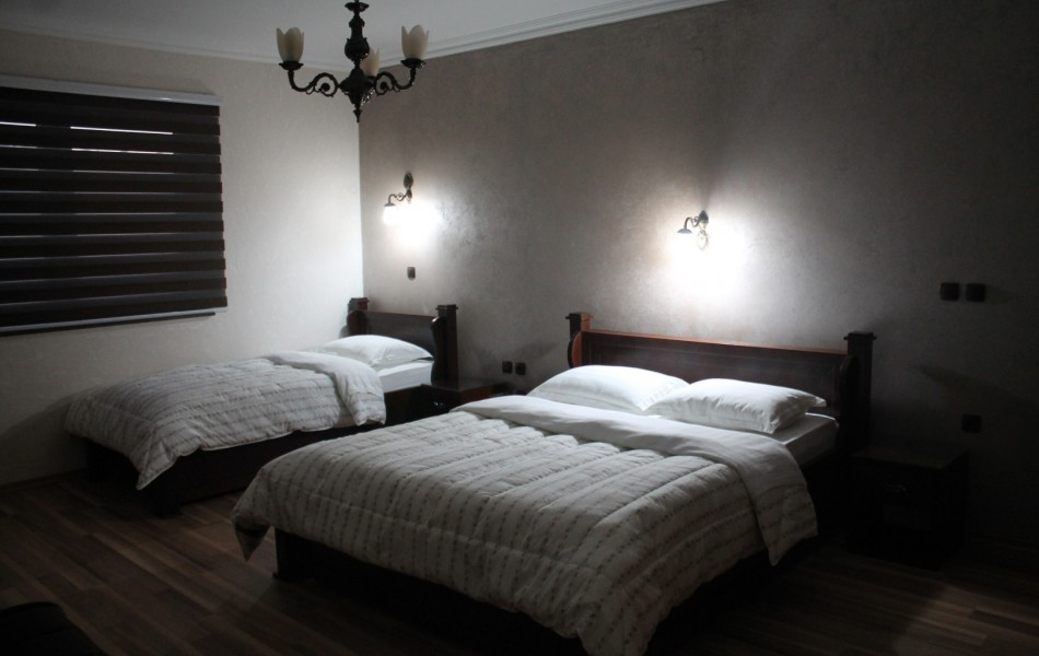 double-room-view-hotel-kosovo-ulpiana